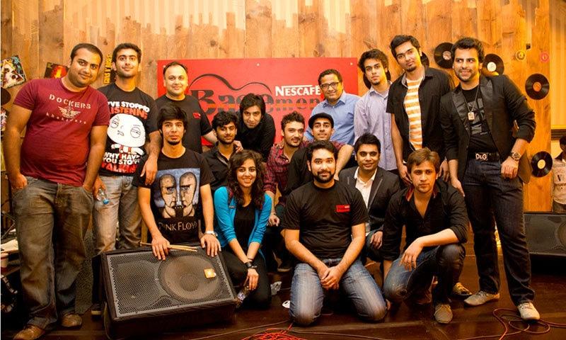 Xulfi with members of NB.— Photo courtesy:xthharmonic.com