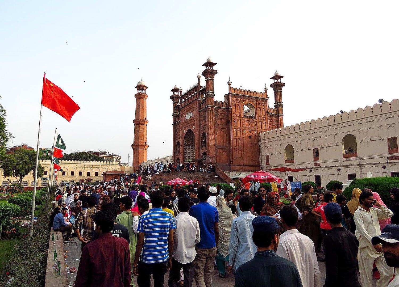 Queue at Badshahi Mosque, Lahore.