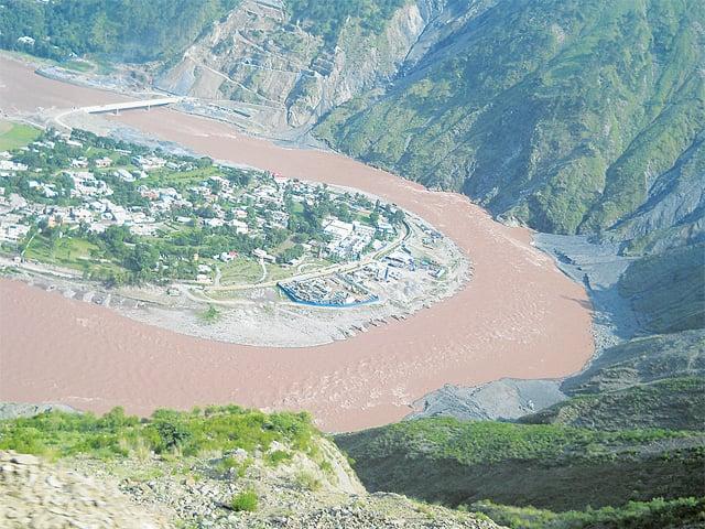 Neelam River circling Muzaffarabad