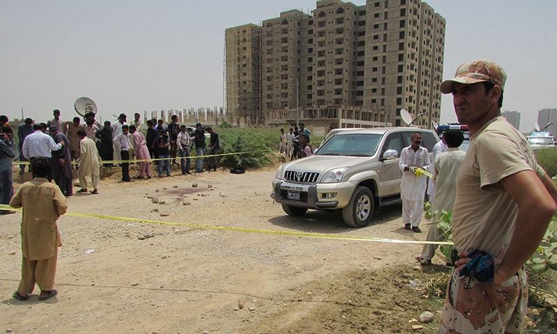 حملہ آوروں میں سے تین نے پولیس کی وردی پہنی ہوئی تھی ۔۔۔ فوٹو: اے پی