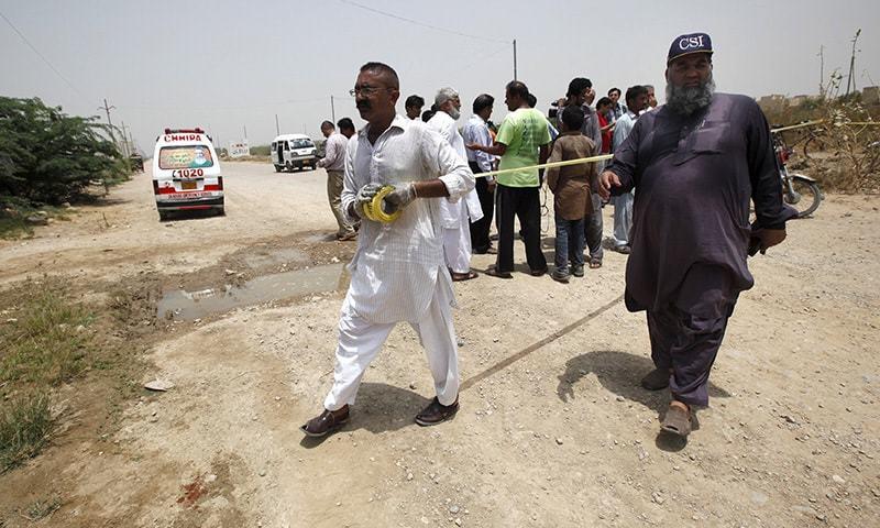 سیکیورٹی حکام نے متاثرہ مقام گھیر لیا تھا ،،، فوٹو: رائٹرز