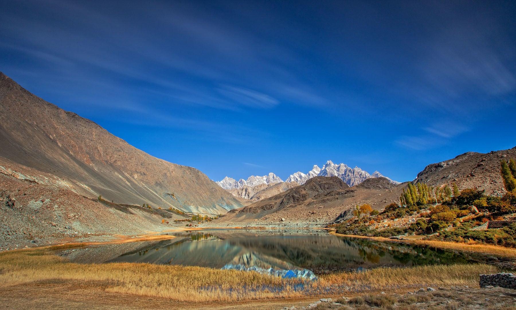 بورت جھیل — فوٹو سید مہدی بخاری
