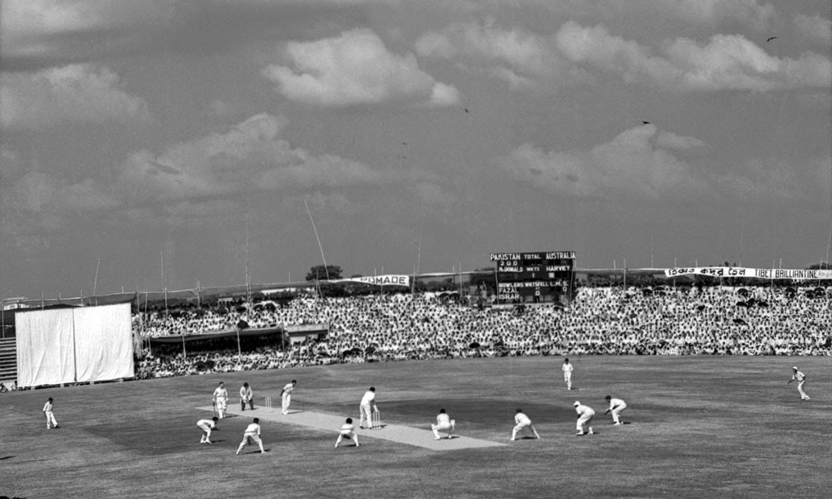 Colin McDonald bats against Fazal Mahmood, Pakistan v Australia, 1st Test, Dacca, 2nd day, November 14, 1959. The 1959-60 Dacca Test was one of the rare occasions when the captains, Fazal Mahmood and Richie Benaud, took six or more wickets each. — AP
