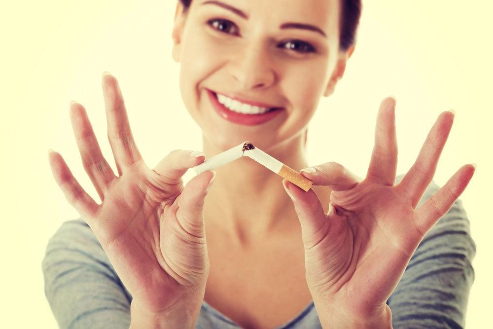 طبی ماہرین کے مطابق ایک سگریٹ انسان کی عمر آٹھ منٹ تک کم کر دیتا ہے— کریٹیو کامنز فوٹو