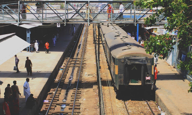 A train arriving at station's oldest platform#2.