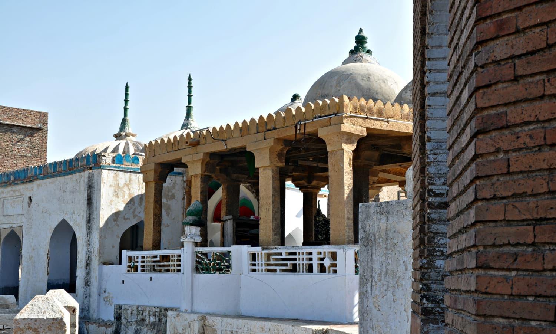 Masoon Shah jo Minaro - Here lies Masoon shah