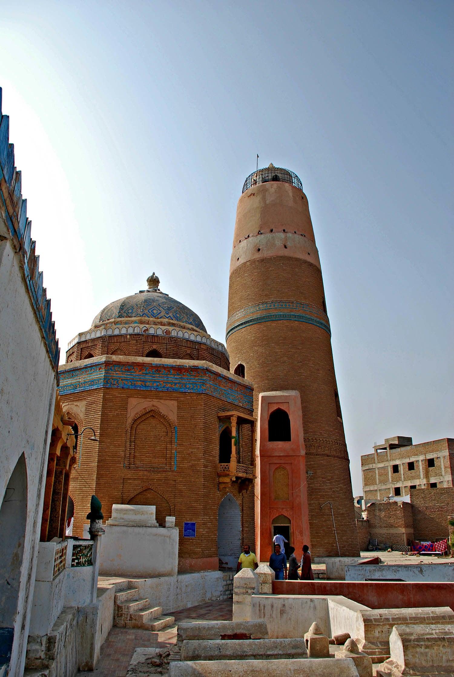 Masoom Shah jo Minaro