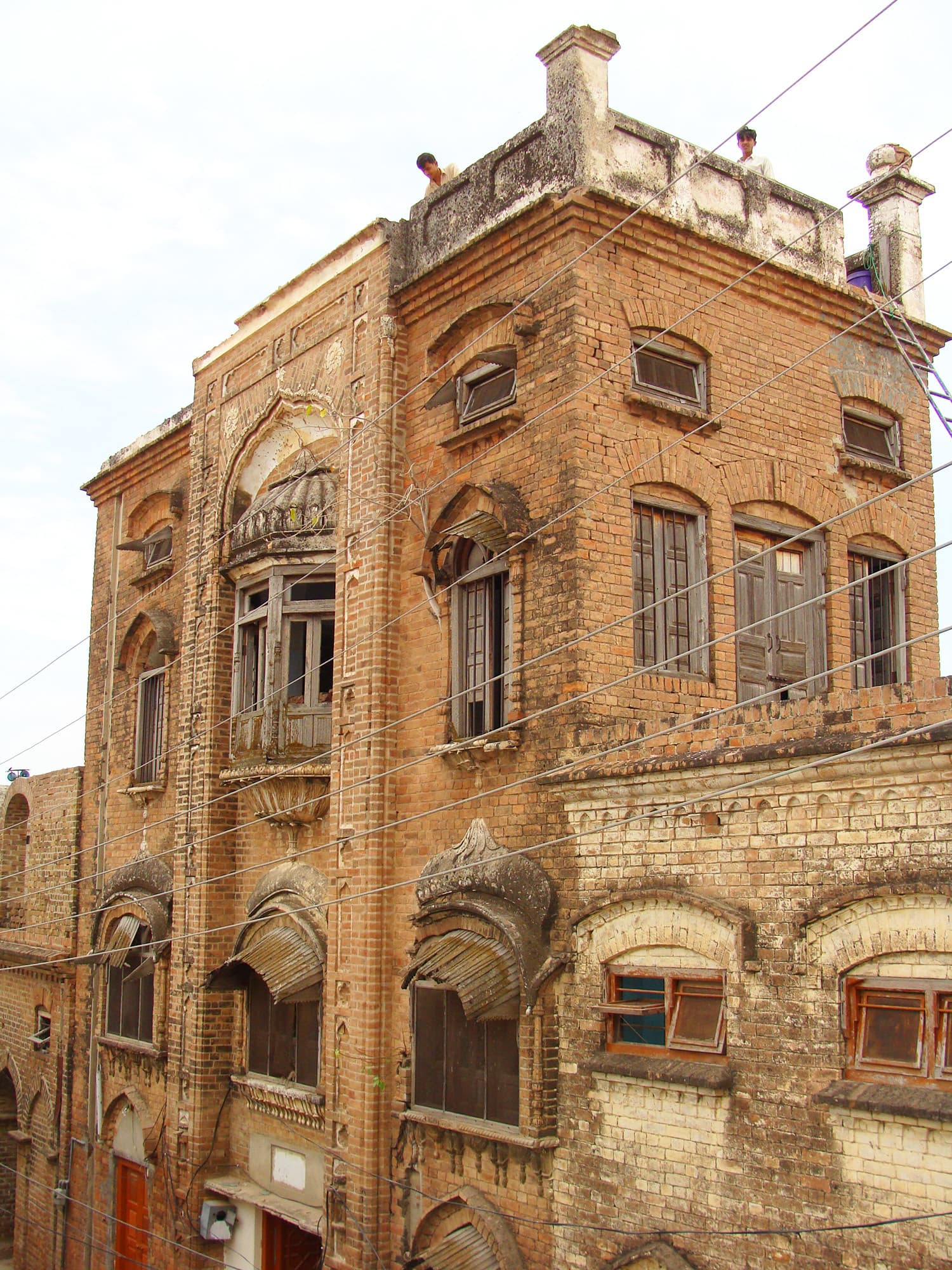 A View of Atam Singh haveli at Daultala.