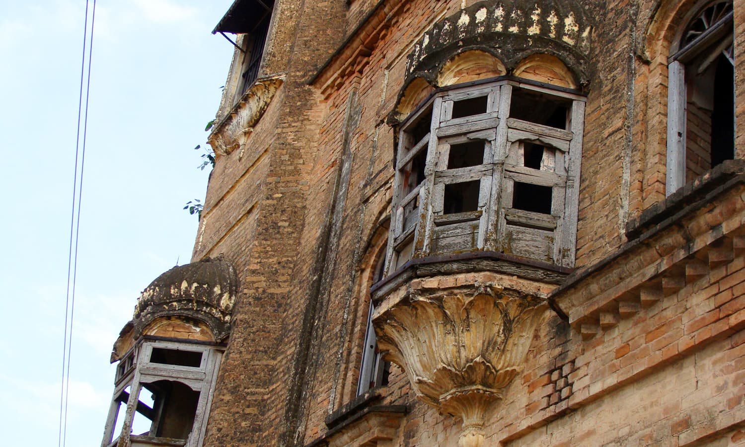 Jharoka in the haveli of Bakhshi Ram Singh.