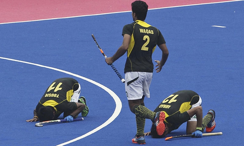 Though the fortunes of the Pakistan hockey team have plummeted, the sajda remains to be a vital part of the team's culture.