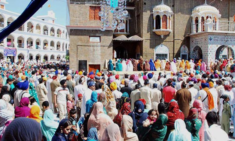 The 14-year-old said she had come to the temple because she wished to convert to Sikhism.  —Online/File