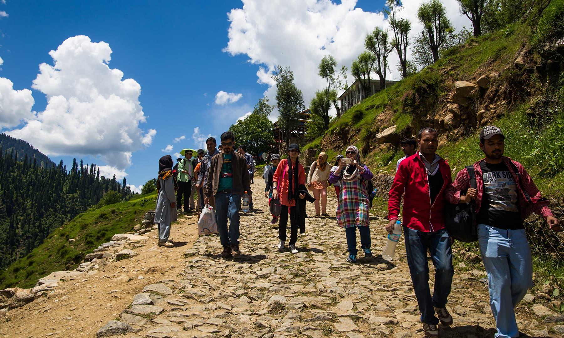 Trekking in Kel. —Marvi Soomro