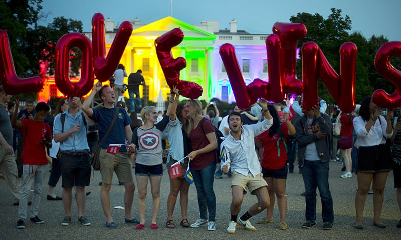 White House lit in rainbow colors after Supreme Court ruling - World ...: www.dawn.com/news/1190808