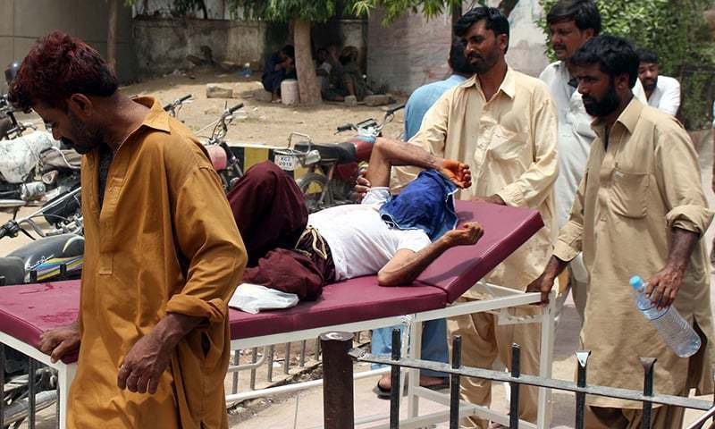 Various government-run hospitals in Karachi confirmed that at least 32 people died of heatstroke on Saturday. —PPI/File