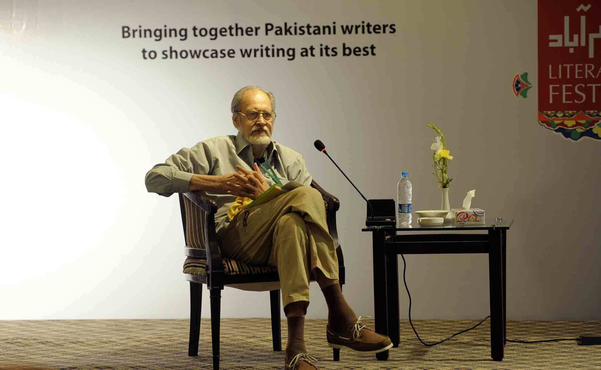 "Abdullah Hussain was renowned for his Urdu novel ""Udas Naslein"", which is considered a masterpiece of Urdu literature.  —Photo by Tanveer Shahzad/Dawn"