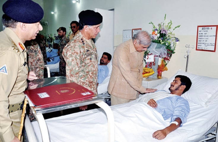 Shahbaz inquires after train victims at CMH - Newspaper