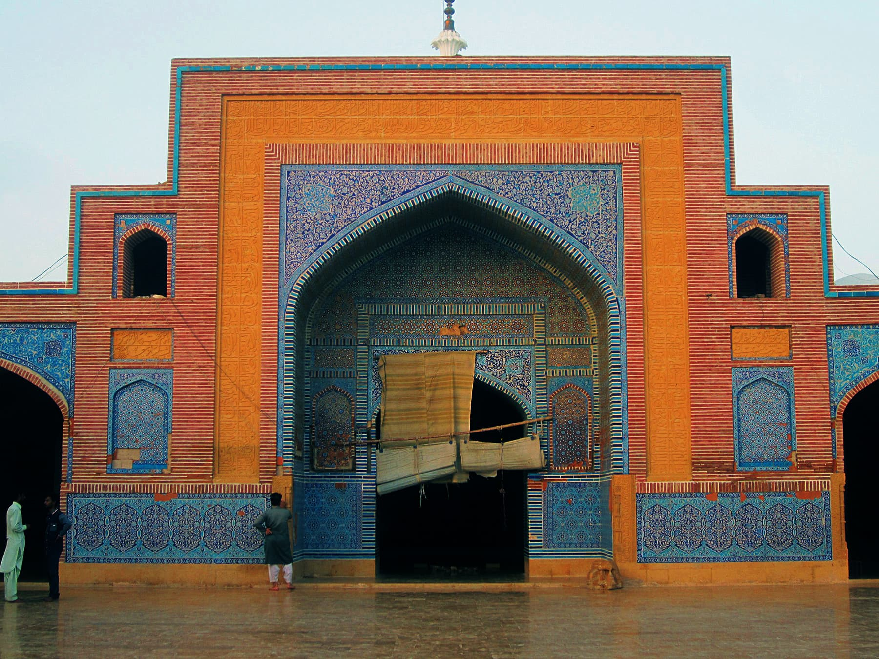 The mosque's main entrance.