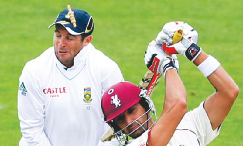 Mark Boucher after being hit in the eye by the bail