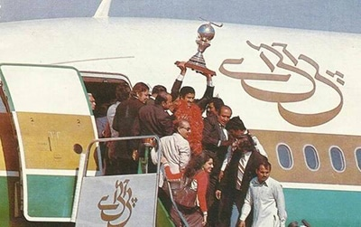 Pakistan hockey squad brings home its third World Cup title (1982).
