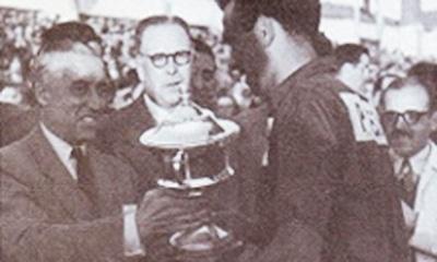 پاکستان نے 1971 میں پہلا ہاکی ورلڈکپ جیتا