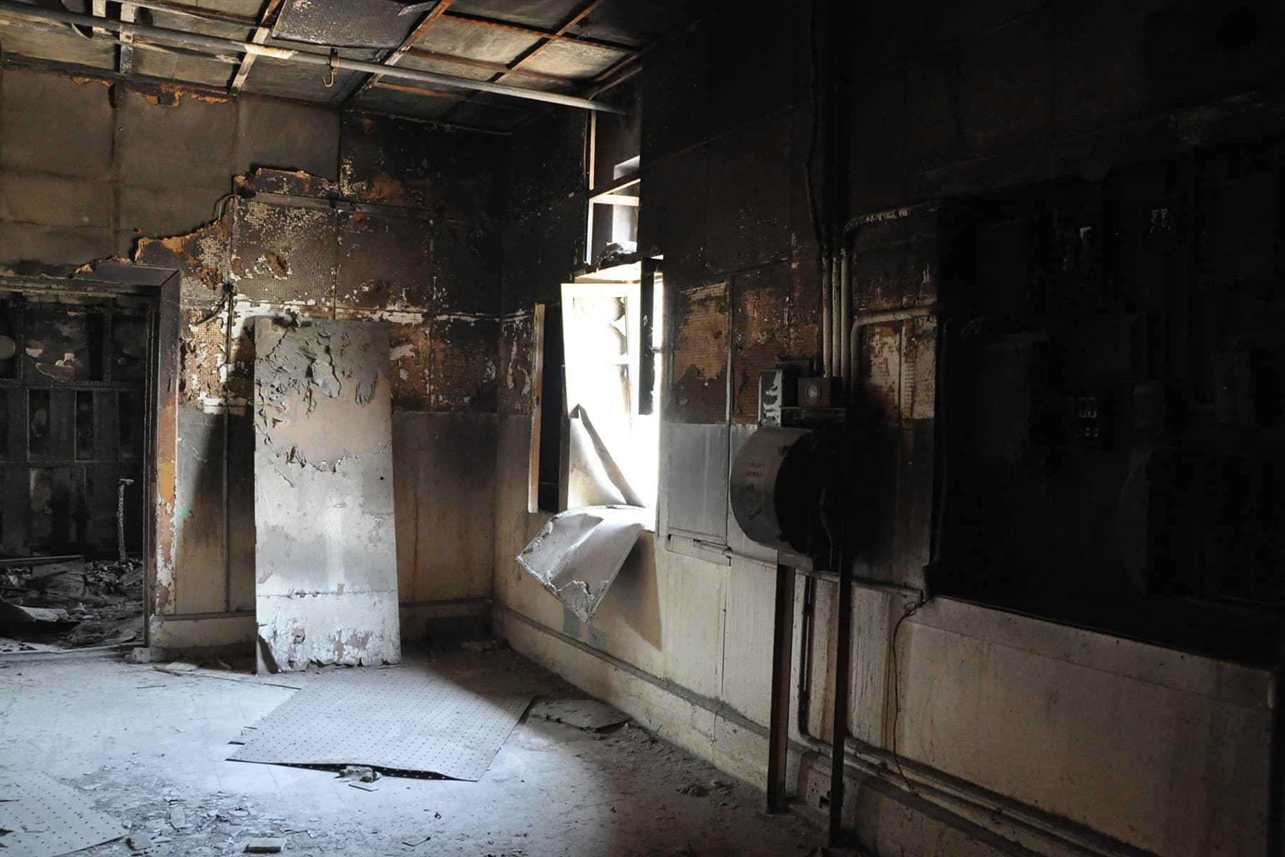 Short-circuit caused fire on the first floor.