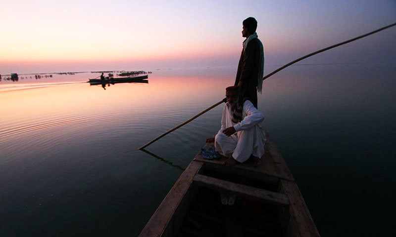 Lake Manchar: Pakistan's floating village