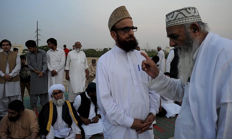 Muneeb-ur-Rehman meets moon sighting committee members before evening prayers |  Arif Mahmood, White Star
