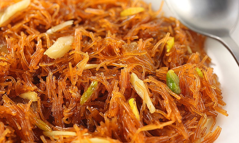 After a month of abstinence, Eid ul-Fitr is associated with feasting and would just not be complete without saviyaan. —Creative commons