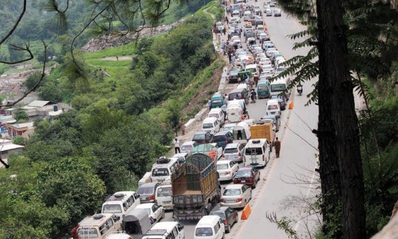Hundreds of vehicles stuck in a traffic jam on Karakorum Highway in Abbottabad. — Online