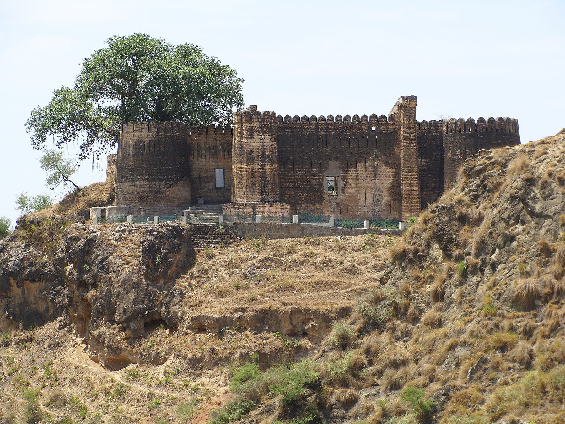 Distant view of the Sangni Fort.