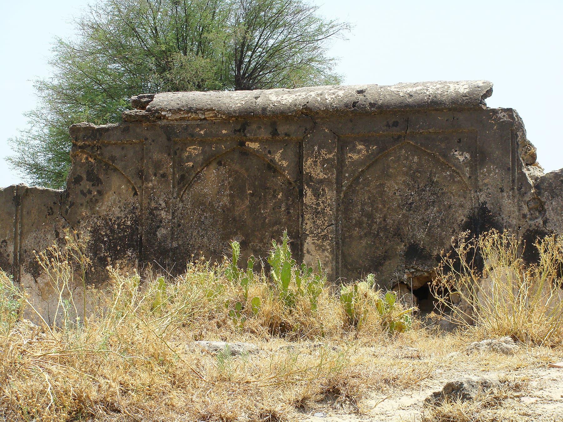 Remains of funerary enclosure at Takkal Village.