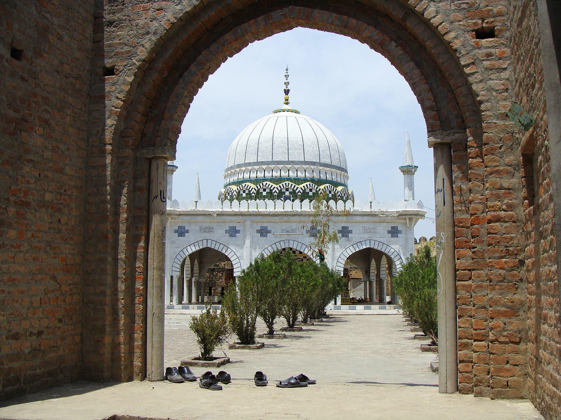 A view of Abdul Hakeem's shrine.