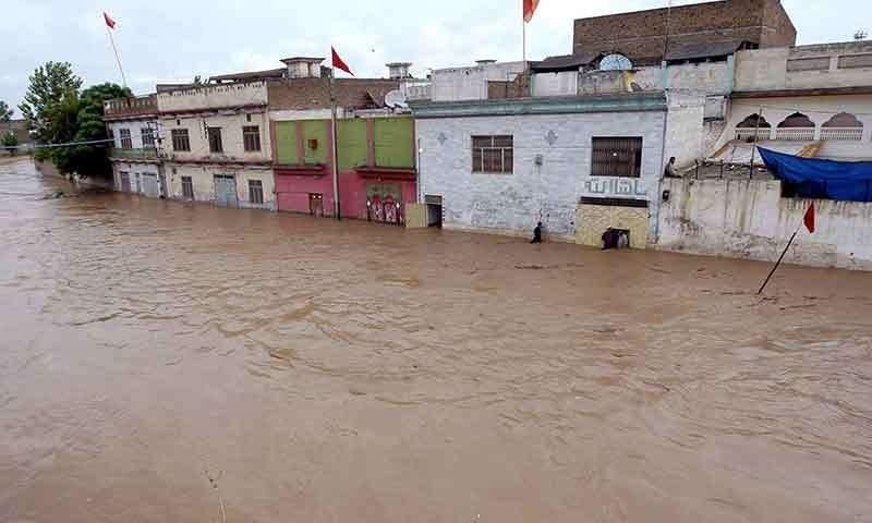 سیلاب کے بعد کی صورتحال—فوٹو: اے پی