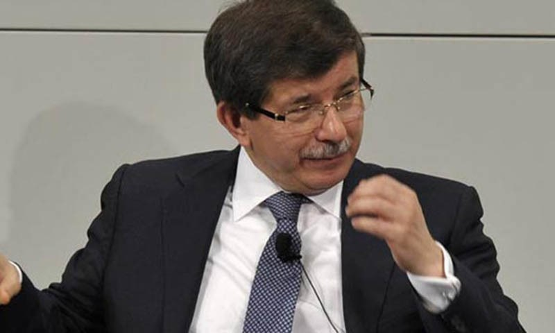 Turkish premier rules out sending ground troops into Syria.—AFP/File