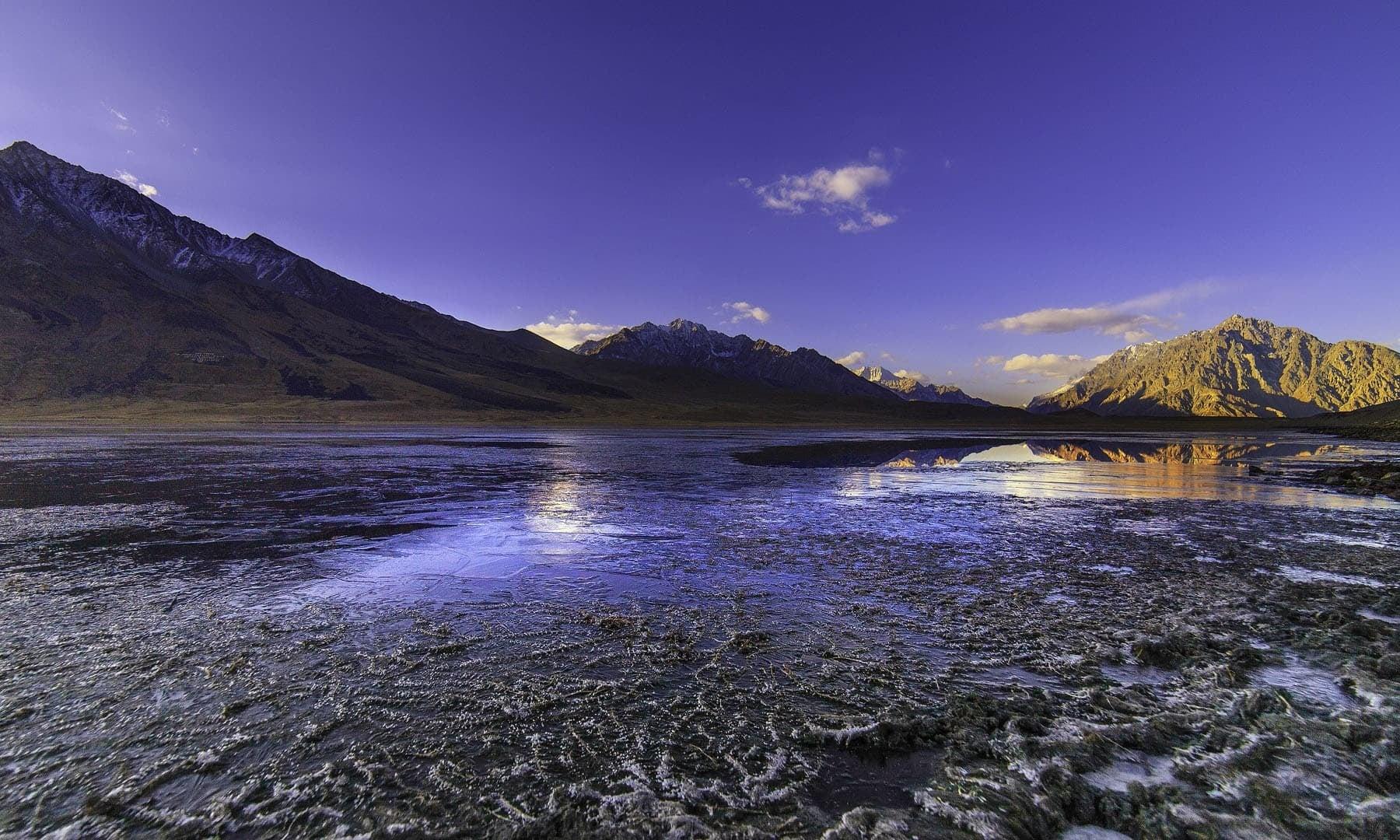 A frozen Shandur Lake.