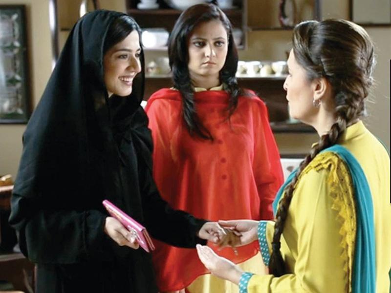 Masha Pasha as Madiha and Mizna Waqar as Hajra - Photo courtesy MNYH Facebook page