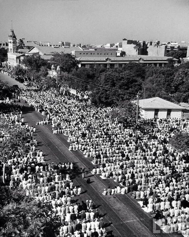 Eid prayers in Karachi, 1948.