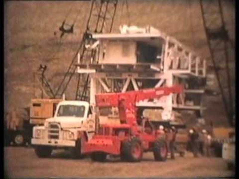 Workers building the Mangla Dam near Jhelum River (1963). It is still one of the biggest dams in Pakistan.