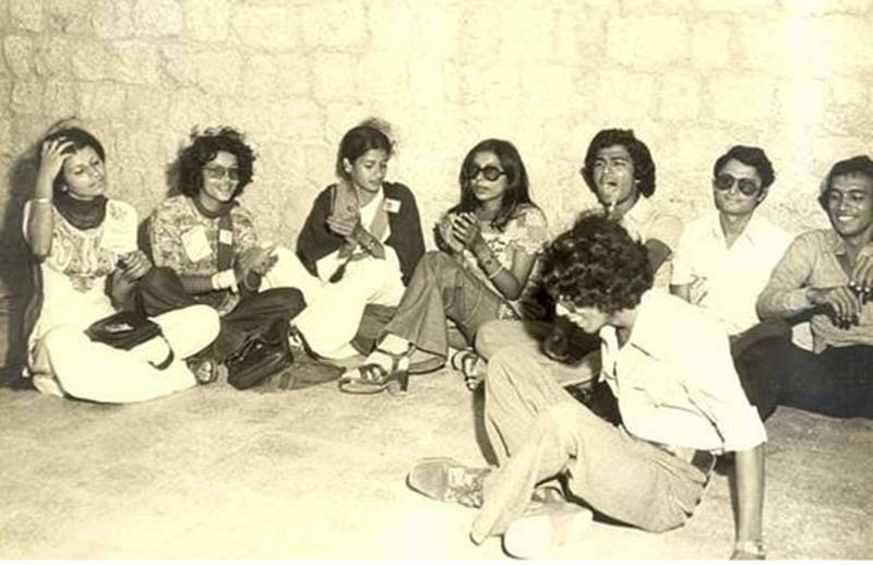 Students outside the Arts Lobby of the Karachi University in 1974.