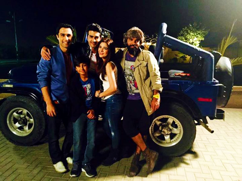 The cast with 'Jeepo'. — Photo courtesy: KSL's Facebook page