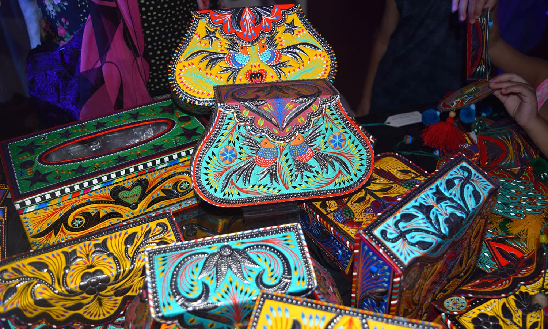 Truck art themed metallic purses. — Photo by Yumna Rafi