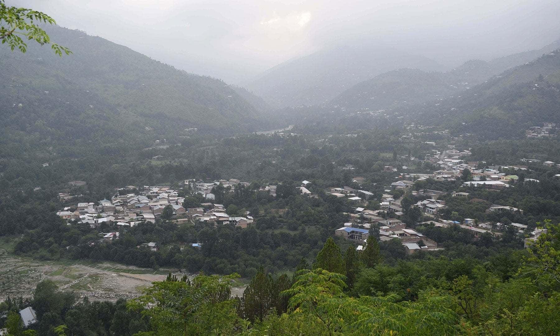A view of Gwalerai from Labatt hill.