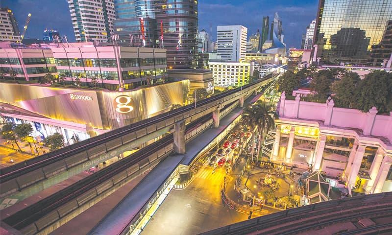 Bangkok: Traffic resumes near the Erawan shrine, the site of Monday's deadly blast.—Reuters
