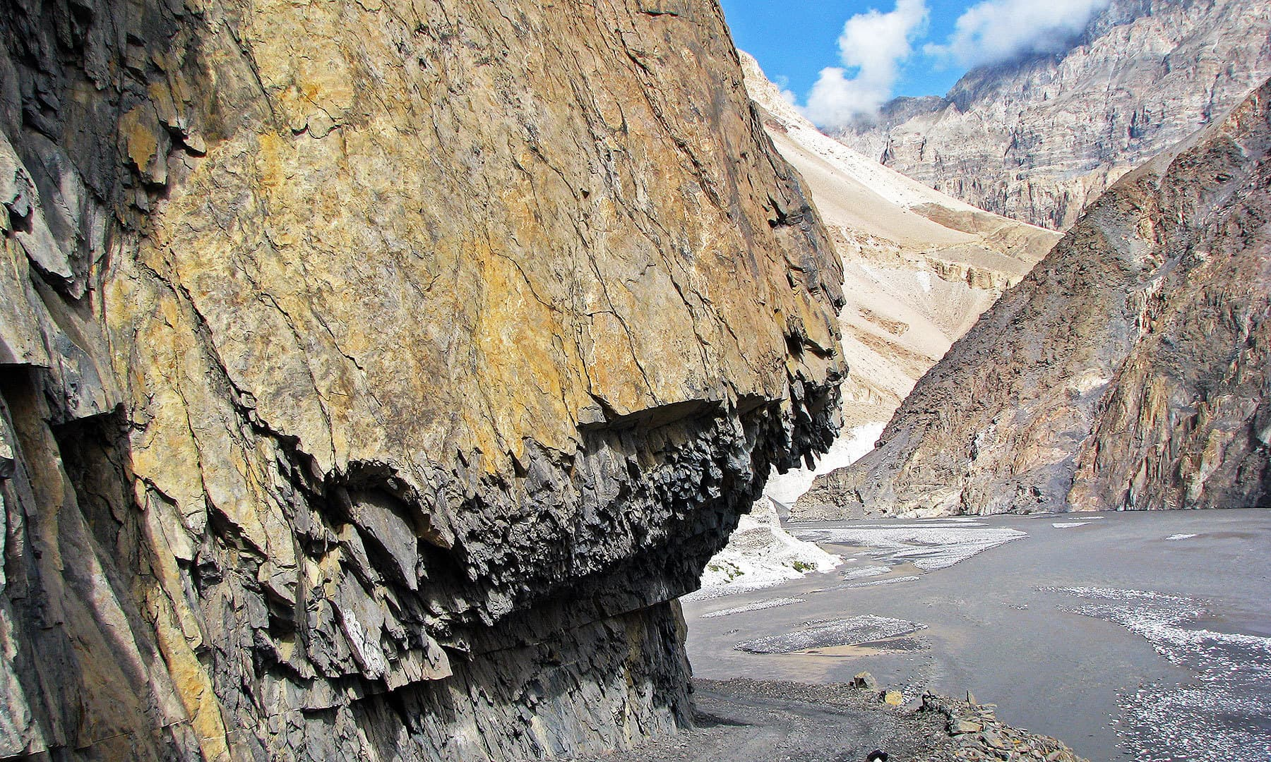 The jeep road into Shimshal, at places, has been cut through solid rock.