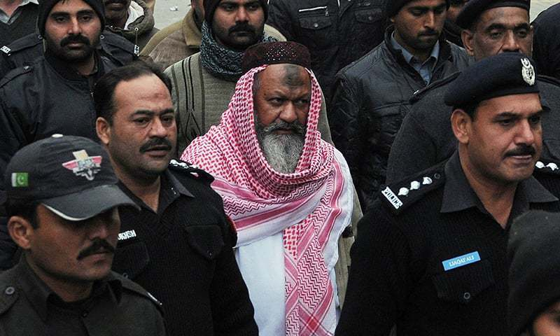 Observers note that the Ludhianvi's ASWJ showed no reaction even did not condemn the killing of Ishaq.—AFP/File