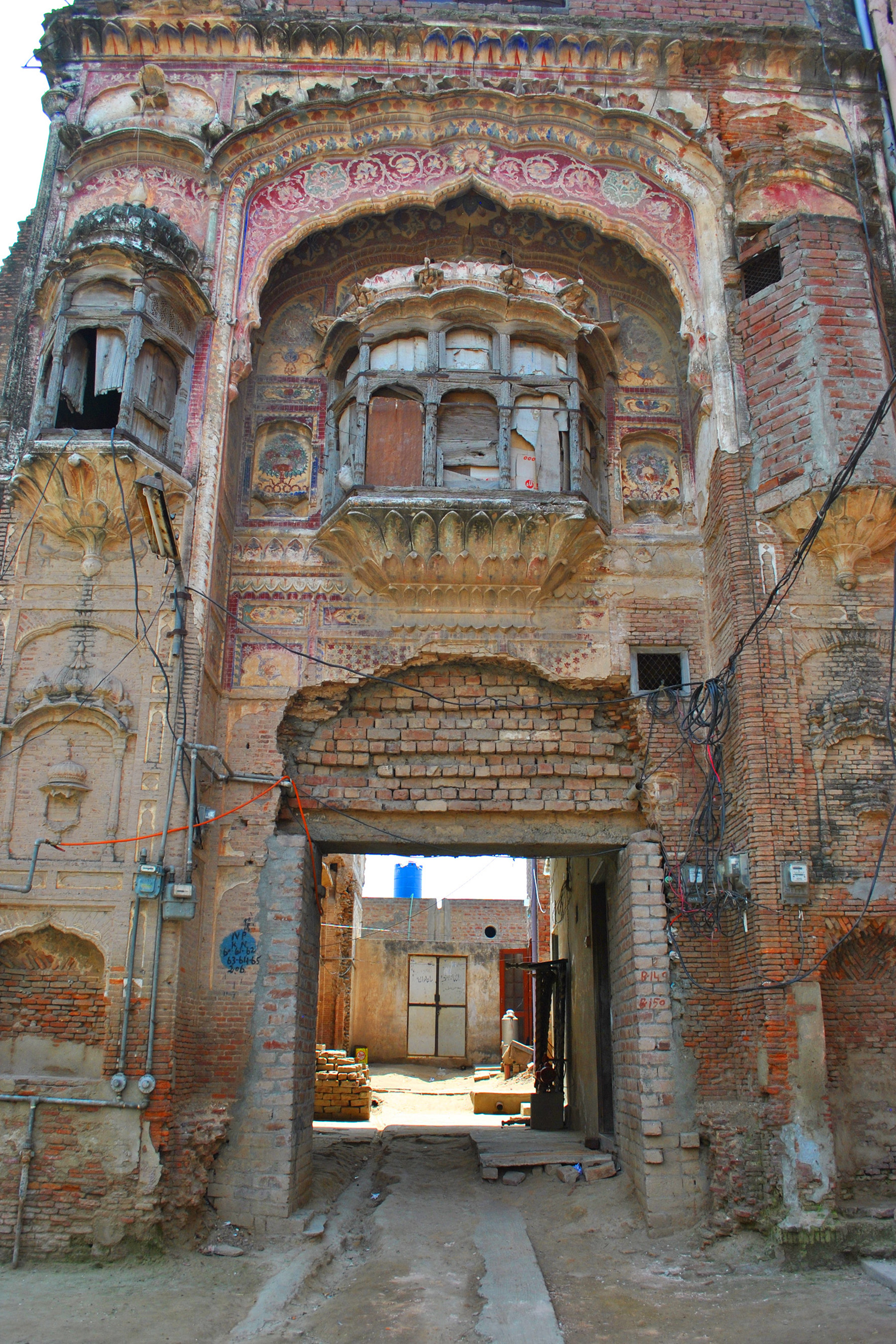 Facade of Diwan haveli, the magnificent structure is symbolises aesthetic taste of the Diwan family.