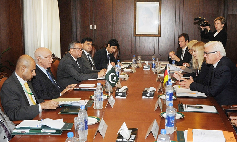 Sartaj Aziz in a delegation level meeting with the Foreign Minister of Germany Dr. Steinmeier in  Islamabad. — PID