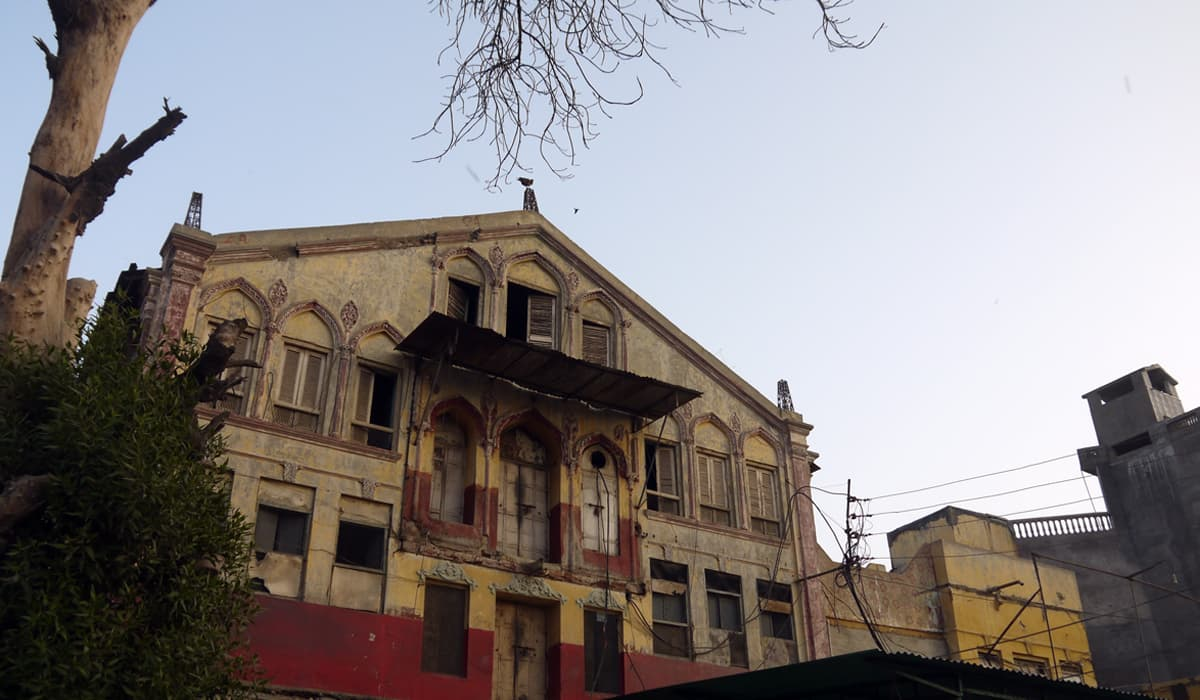 Firdous Cinema stands in a state of disintegration, Mirpurkhas | Fahad Naveed