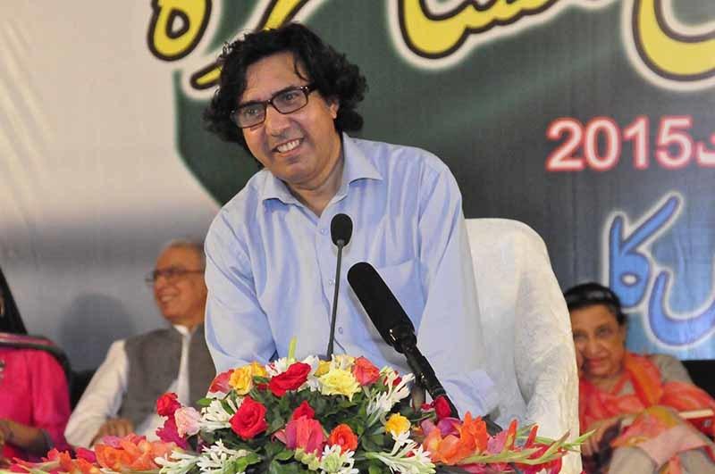 کراچی پریس کلب کے موجودہ صدر اور شاعر فاضل جمیلی