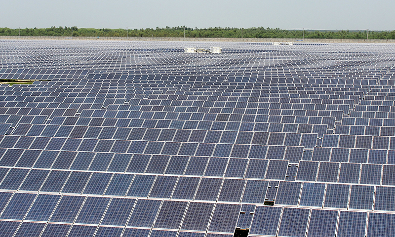 Quaid-e-Azam Solar Power Park - Photo courtesy Zofeen T. Ebrahim.